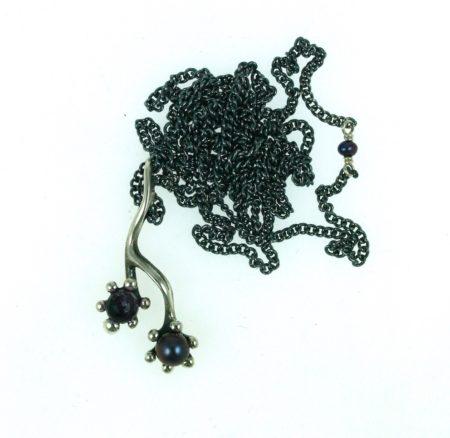 kæde med ametyst og perle