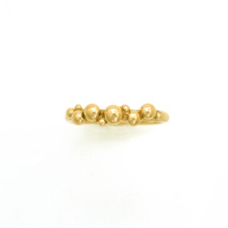 Tynd ring i guld med bobler Af Christel Kaaber Guldsmedie