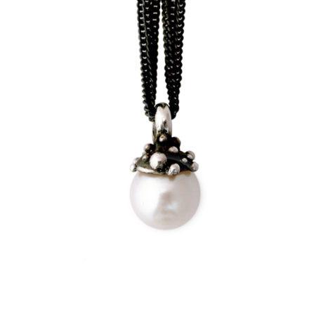 Sølv halskæder til kvinder. Knoptop vedhæng med hvide perle christel kaaber