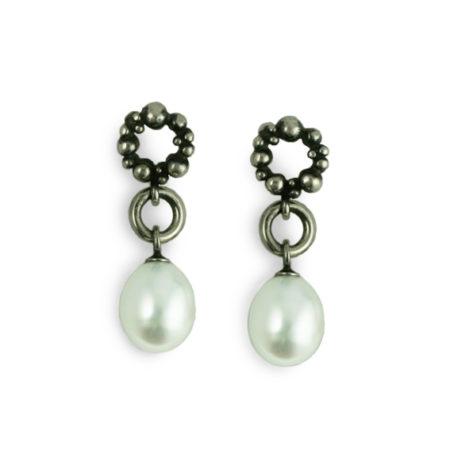 Ørestikker sølv med hvid perle